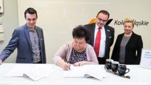Podpisanie umowy o współpracy z LEO Express w katowickim Centrum Obsługi Pasażera